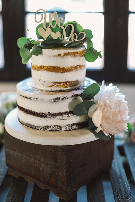wedding cakes semi transparent