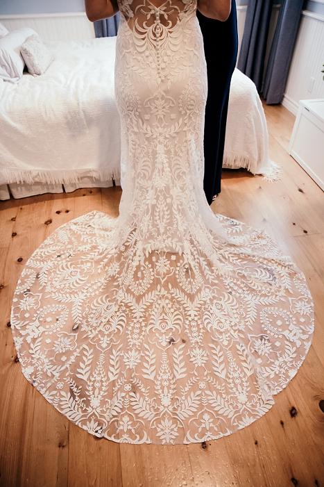 love and lace bridal salon