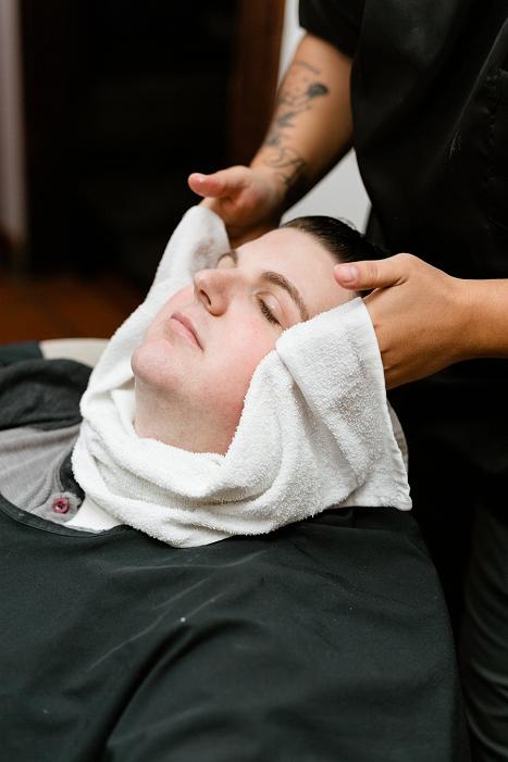 groom barber services
