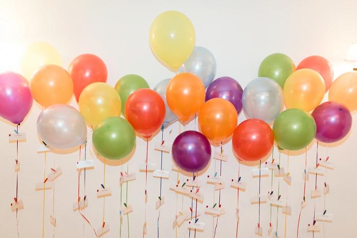 UP balloon escort card display